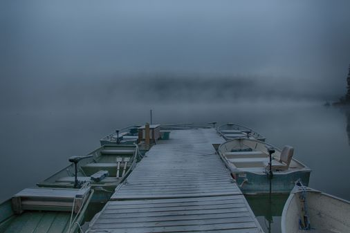 boats-in-the-fog